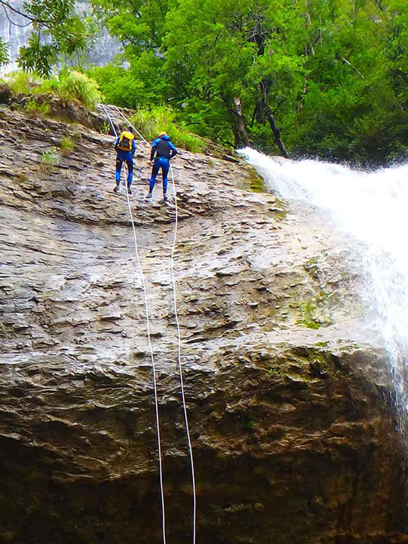 Cascade de 28 mètres Ecouges
